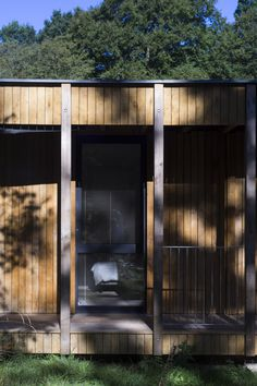 Work in Progress - A replacement family dwelling on a north facing river valley in Surrey. The house uses seasoned oak and ash from the surrounding ancient. House In The Woods, Surrey, Architects, Building, Outdoor Decor, Home Decor, Decoration Home, Room Decor, Buildings