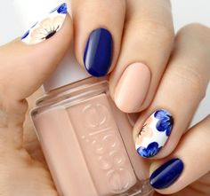 A wonderful combination of matte royal blue and nude polish will fresh Fall flowers atop a matte white base. The beauty of nail art design is that you can match it with whatever season there is at the present. You… Continue Reading →