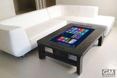 ジャイアントコーヒーテーブル タッチスクリーンコンピュータの驚きの機能とは?