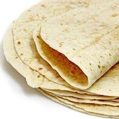 I don't have a picture but I came up with something new super easy! 1 can of chicken mixed with cream cheese and spread on tortilla. I put sliced havarti on top, folded it up and microwaved for 30 sec! Corn Tortilla Casserole, Tortilla Bread, Vegan Tortilla, Tortilla Recipes, Homemade Tortillas, Flour Tortillas, Tacos Masa, Galette, Good Food