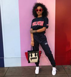 Look at more ideas about Design and style clothes, Plunder attire and Female fashion. Tomboy Outfits, Chill Outfits, Swag Outfits, Dope Outfits, Trendy Outfits, Summer Outfits, Fashion Outfits, Fashion Trends, Club Outfits