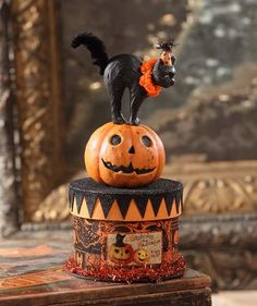 Bethany Lowe Party Cat on Box Container Black Cat Vintage Halloween Decoration Spooky Halloween, Diy Halloween Party, Vintage Halloween Decorations, Halloween Party Supplies, Cute Halloween Costumes, Halloween Prints, Halloween Home Decor, Halloween Items, Halloween House