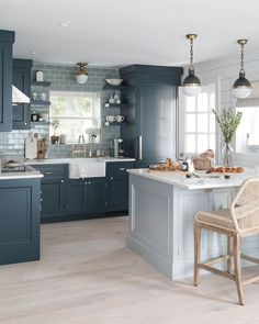 3 Blindsiding Tips: Small Kitchen Remodel Vintage kitchen remodel rustic easy diy.U Shaped Kitchen Remodel Light Fixtures kitchen remodel design stove.Kitchen Remodel Before And After Country. Two Tone Kitchen Cabinets, Blue Cabinets, Kitchen Walls, Kitchen Island Against Wall, Two Toned Cabinets, Two Toned Kitchen, Kitchen Paint, Blue Kitchen Designs, Kitchen Colors
