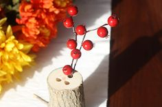 Last Minute Ideas For Your Thanksgiving Table: DIY Log Vase >> http://blog.diynetwork.com/maderemade/2014/11/24/last-minute-thanksgiving-table-ideas/?soc=pinterest