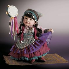 RETIRED RARE Beti Gypsy 2009 Limited Edition Adora Doll only 200 095N22737 Review