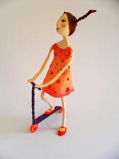 Paper Dolls, Art Dolls, Creative Arts And Crafts, Wire Art, Diy Wall Art, Diy Craft Projects, Art Sketches, Folk Art, Sculptures