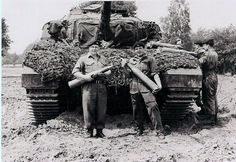 sgt brock and rolf at hohne.JPG 1,024×705 pixels