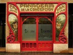 Barcelona, Spain. Antiguo comercio de barrio