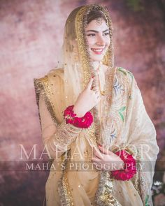 Naimal Khawar Nikkah look Nikkah Dress, Pakistani Formal Dresses, Pakistani Wedding Outfits, Pakistani Dress Design, Bridal Outfits, Indian Dresses, Best Bride, Bridal Dress Design, Wedding Dresses For Girls