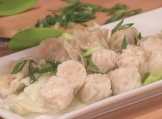 Do-It-Yourself Chinese Takeout - Rachael's clever food stylists show you a simple way to make your own delicious steamed dumplings.