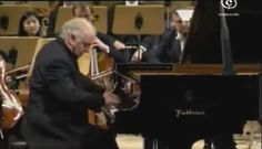 Accompanied by Staatskapelle Berlin, Daniel Barenboim performs Frédéric Chopin's Piano Concerto No. 1 in E minor, Op. 11. Conductor: Andris Nelsons.