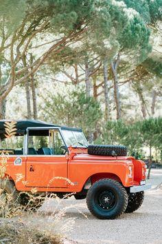 Defender 90, Land Rover Defender, Land Rover Santana, Restoration House, Portugal, Villa Design, Land Rovers, Ford Trucks, 4x4 Trucks