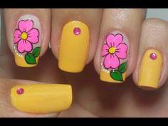 Unhas Amarelas Decoradas com Flores Manual Bela e Simples - YouTube