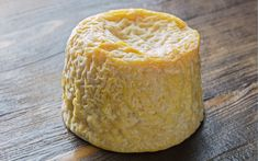 Langres is part of The Pong Christmas Explorer Box. It's rich and supple with a melt in the mouth texture, it may be small but packs a punch of complex flavours and looks sensational on a cheeseboard. Cheese Online, Cheese Gifts, Melting In The Mouth, Queso Cheese, Cheese Shop, Food Trends, Cheese Recipes, Wine Recipes, Cheese