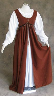 Brown Renaissance Dress with White Chemise - a bit early Ren, but nice simple silhouette