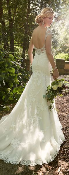 Essense of Australia Spring 2016 Bridal Collection