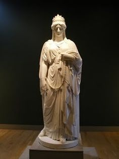 Zenobia, a 3rd Century Syrian queen, as sculpted by Harriet Goodhue Hosmer at the Huntington Gardens & Museums.