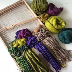 Bohemian Tapestry, Wall Tapestry, Boho, Green Wall Decor, Craft Projects, Project Ideas, Craft Ideas, Woven Wall Hanging, Baby Kids