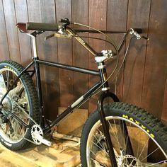 Bmx Bicycle, Bicycle Parts, Bmx Bikes, Cool Bikes, Velo Vintage, Vintage Bicycles, Mtb, Bmx Handlebars, Bmx Cruiser
