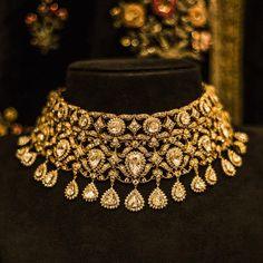 Fulfill a Wedding Tradition with Estate Bridal Jewelry Pakistani Jewelry, Indian Wedding Jewelry, Bridal Jewelry, Gold Jewelry, Fine Jewelry, Statement Jewelry, Jewlery, India Jewelry, Jewelry Sets