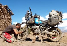 Motorcycle adventure travelling - Make life a ride Trail Motorcycle, Motorcycle Equipment, Motorcycle Travel, Motorcycle Adventure, Enduro Motorcycle, Motorcycle Touring, Yamaha Xt 660, Rallye Raid, Kawasaki Bikes