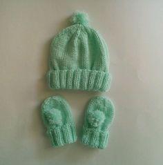 hand knit newborn pom pom hat and mitt set $12 + free shipping
