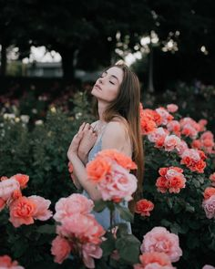 полупрозрачные цветы фшоп Gorgeous Flower Portrait Photography by Paarsa Hajari #art #photography #Portrait Photography