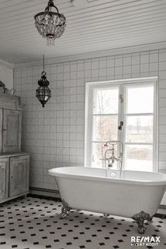 Swedish Interiors, Clawfoot Bathtub, Hygge, Master Bathroom, House Design, Cottages, Houses, Country, Google