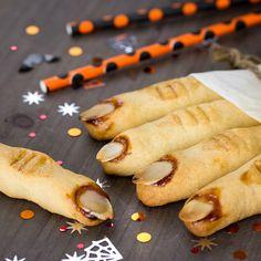 Galletas de dedos de bruja para Halloween Fajitas Vegetarianas, Hot Dog Buns, Hot Dogs, Recetas Halloween, Ideas Para Fiestas, Lunch, Amazing, Ethnic Recipes, Food