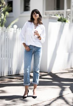 With the holidays officially in sight, I'm breaking out my trusty uniform, denim & a white shirt,to take me through the last day in the office before Christmas. It's crunch time here at the studio, s