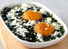 Media Hora para Cocinar: Espinacas con huevos y queso feta