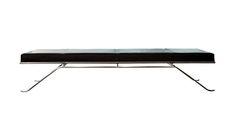 Daybed designet i stål og læder af Thomas Bo Kastholm. L 200 x b 100 x h 43 cm, 54.900 kr., Carl Hansen & Søn.  http://bobedre.dk/article/166038-daybed/gallery/702674