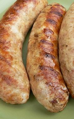 When it comes to the dueling sausages of our house, it's Bratwurst vs. Parsley and Cheese . Usually the PC wins( Bonne Femme's fave), bu. Chicken Bratwurst Recipe, Bratwurst Sausage, Sausages, Brat Sausage, Turkey Sausage, Farmer Sausage, Kielbasa, Home Made Sausage, Homemade Sausage Recipes