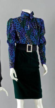 Yves SAINT LAURENT haute couture, circa 1984/1985 Blouse en soie satinée