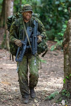 French Foreign Legion, Canadian Army, Military Special Forces, War Film, Film Inspiration, Military Guns, Action Poses, Police, Gi Joe