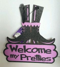 """Halloween Welcome my Pretties Witch Boots Decor Purple 10""""  Hanging Sign Plaque  #Unbranded"""