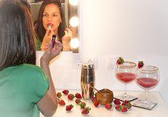 Nuestra Consejera de belleza Fátima de Lucía nos cuenta su experiencia con Juicy Shaker, el nuevo labial bifásico Lancôme. ¡no te la pierdas!