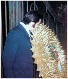 ElvisMatters -from reverence and respect for the King ! Christmas present from the fans 1968