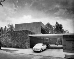 Casa Mauricio de la Lama, Lomas de Chapultepec, México DF. 1956  Foto. Guillermo Zamora   Arqs. Víctor de la Lama, Héctor Velázquez, Ramón Torres Martínez