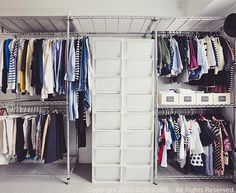 ・先日インスタグラムにてお問い合わせいただきました。・「Emiさんのパンツハンガーのサイズを教えてください。」・わたしの洋服は、スチールラックを使って収納...