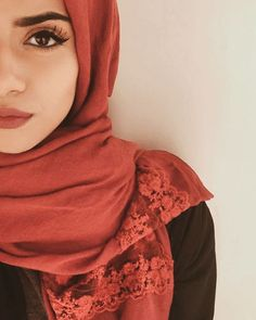 This red hijab is from . It has the most gorgeous lace deta. Islamic Fashion, Muslim Fashion, Modest Fashion, Hijab Fashion, Hijabi Girl, Girl Hijab, Hijab Outfit, Muslim Girls, Muslim Women
