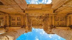 La biblioteca di Celso di Efeso fu realizzata in età traianea, in onore di Tiberio Giulio Celso Polemeano, illustre personaggio che ricoprì tutte quante le cariche previste dal cursus honorum roman…