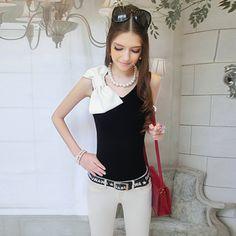 Pink Large Doll (粉红大布娃娃). Chinese Fashion. Mango Doll. Dabuwawa. Black and white bow halter. MUST have.