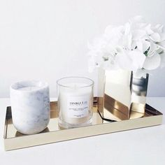 I want the decorative pieces to give the room a finished look. I want decor pieces also to give a finished look to the room. I like the granite candle and sparkly trays. Home Decor Accessories, Decorative Accessories, Gothic Accessories, Decoracion Habitacion Ideas, Interior Decorating, Interior Design, Coastal Interior, Modern Interior, Minimalist Decor