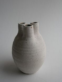 ceramic clay heart art vessel vase gray by yumiko kuga Ceramic Clay, Ceramic Vase, Pottery Vase, Ceramic Pottery, Keramik Design, 3d Studio, Ceramics Projects, Japanese Ceramics, Contemporary Ceramics