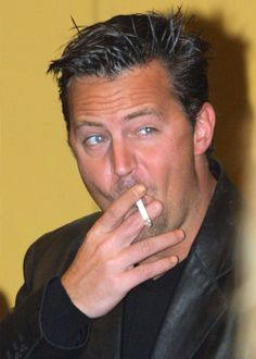 Matthew Perry. Lovin the edgy-look here