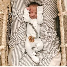 /// Baby Pictures, Baby Photos, Baby Boy Fashion, Kids Fashion, Cute Kids, Cute Babies, Wanting A Baby, Foto Baby, Wishes For Baby