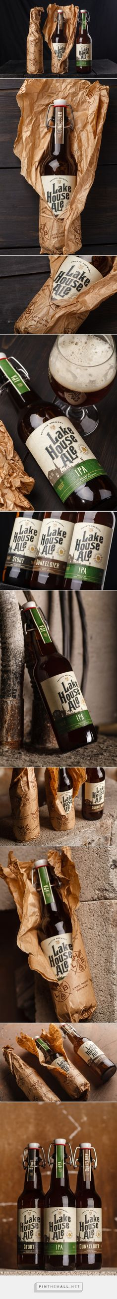 Lake House Ale - Packaging of the World - Creative Package Design Gallery - http://www.packagingoftheworld.com/2017/07/lake-house-ale.html