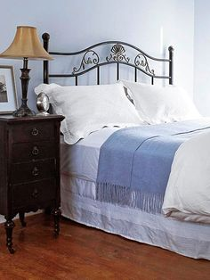 Before: Tired Design: You loved that iron headboard at the time, but is it ready for an update? Rather than starting from scratch, cover it up with an upholstered cover. Refurbished Furniture, Furniture Makeover, Painted Furniture, Diy Furniture, Furniture Update, Furniture Projects, Diy Projects, Iron Headboard, Headboards
