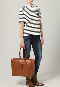 Bestill  Royal RepubliQ COUNTESS DAY - Shopping bag - cognac for kr 2095,00 (30.09.17) med gratis frakt på Zalando.no